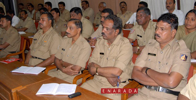 Police personnel participating in the workshop