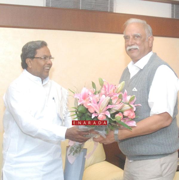 CM meets Civil Aviation minister in Delhi