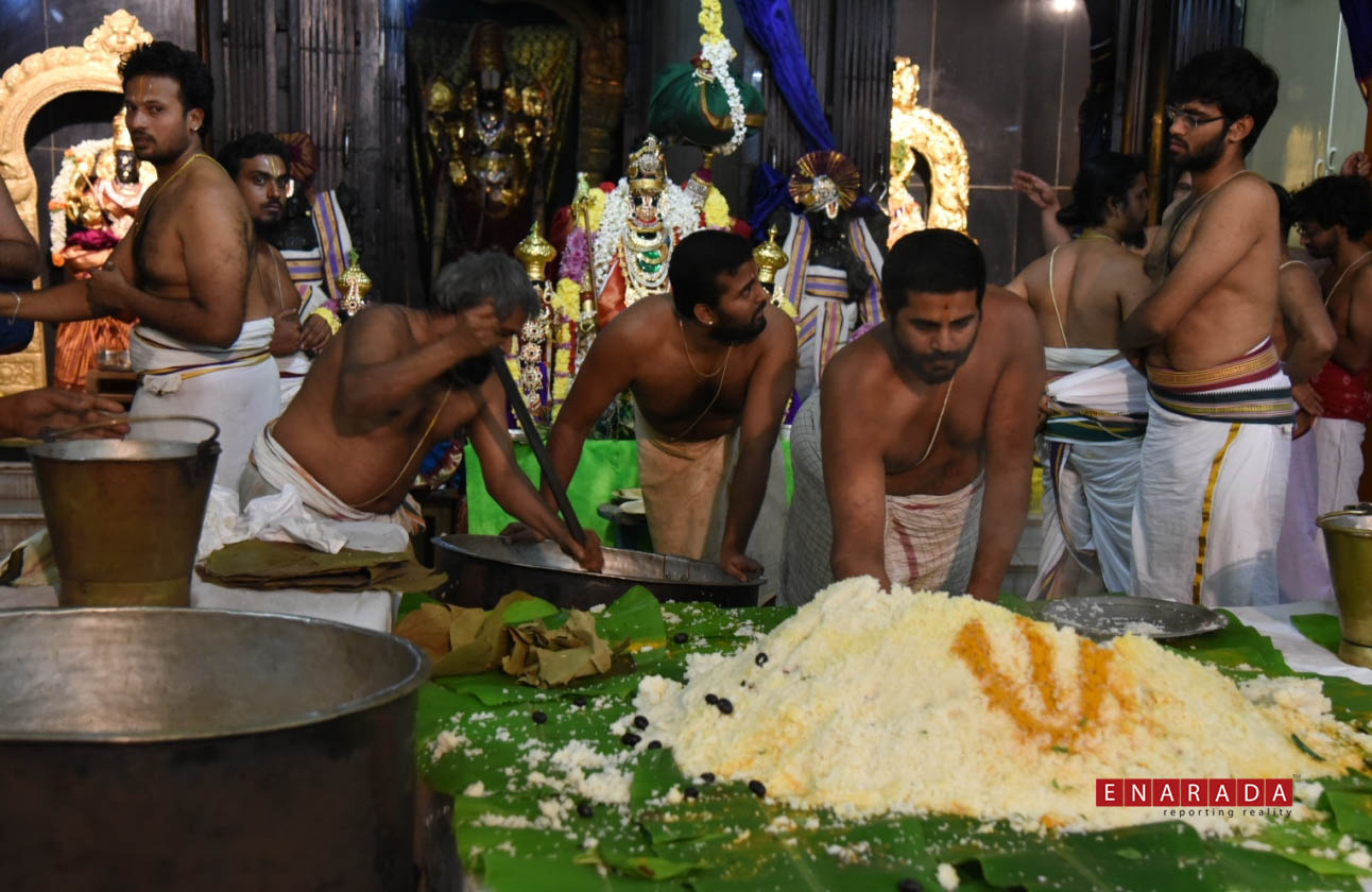 Annakooda Utsavam iin Bengaluru on Nov 25, 2015. Photo www.enara
