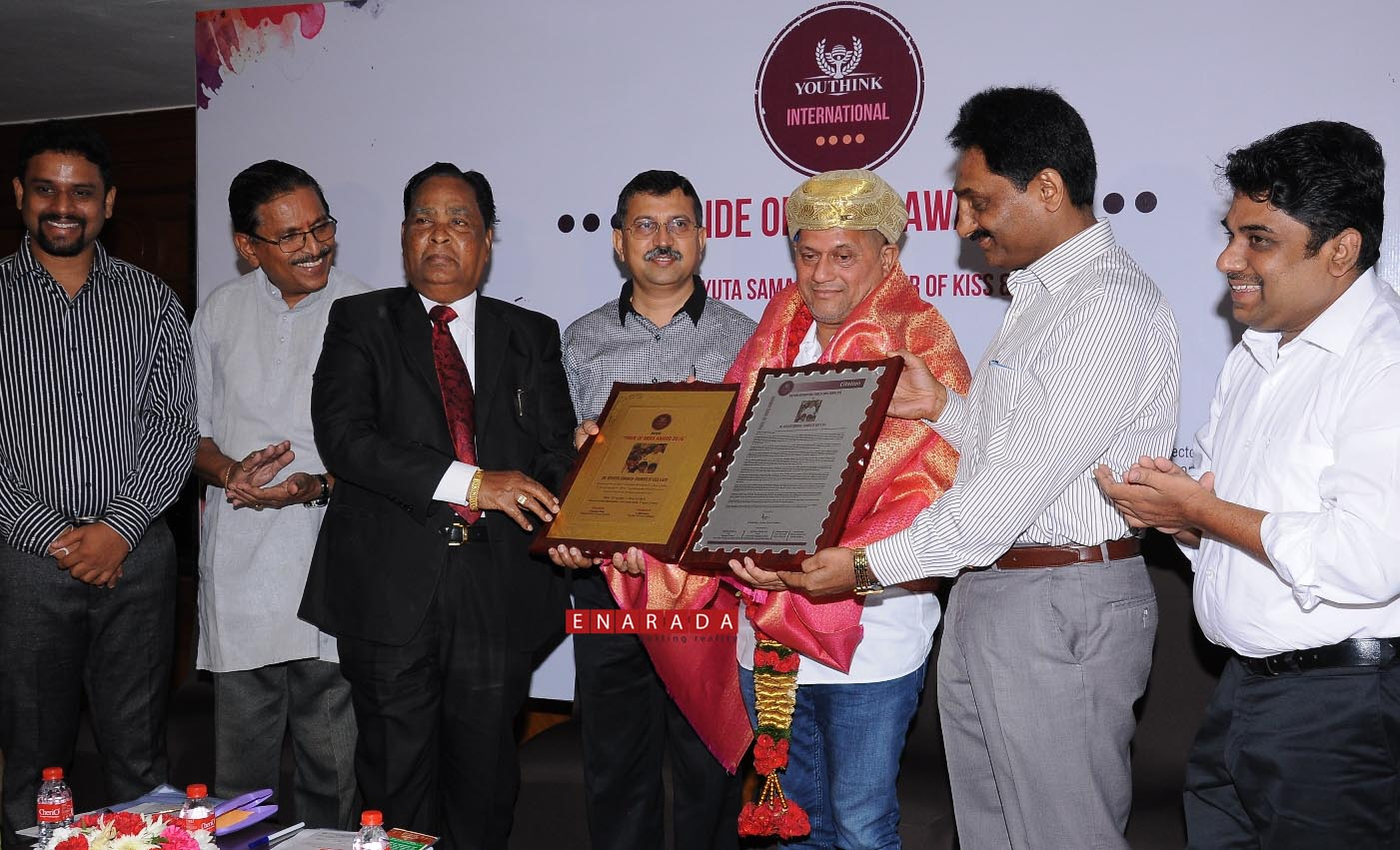 Pride of India Award given to Acyuta Samanta. Ph: www.enarada.co