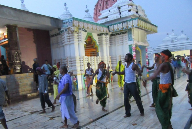Villagers throng KISS campus to celebrate Krishna Janmastami