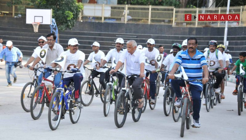 Bengalureans pedal to promote Art of Cycling during 'Art of Giving' celebrations